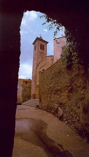 Arco di Piazza della Chiesa